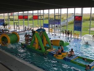 Semaine de la glisse la piscine de saumur du 27 au 31 for Piscine thouars